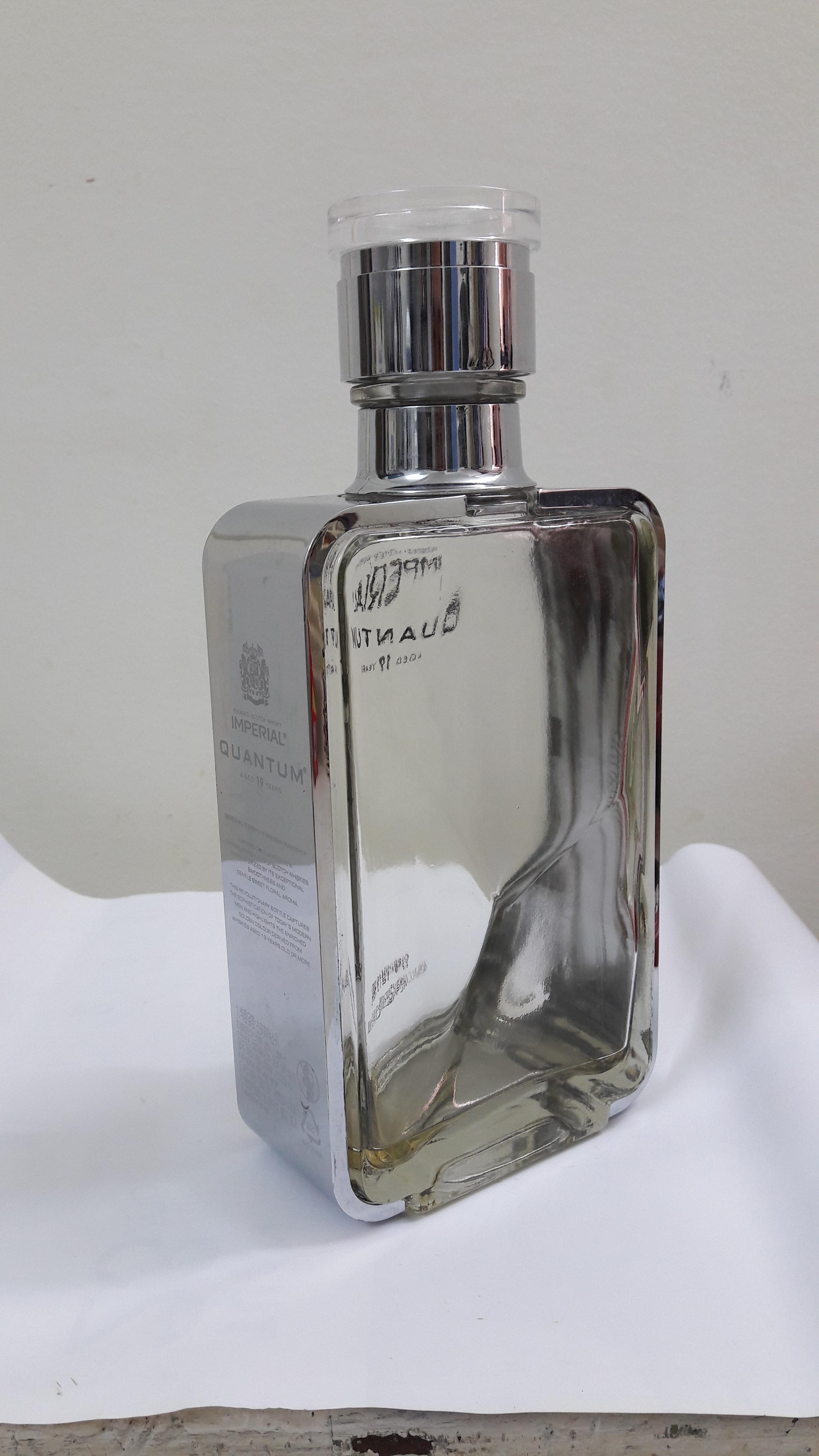 Vỏ chai rượu ngoại 5